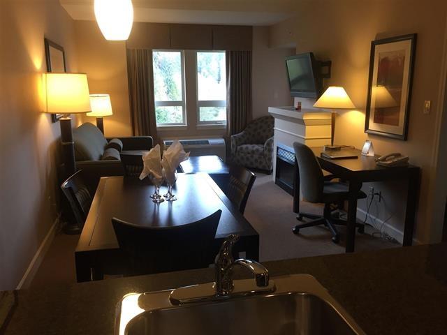 Condo Apartment at 414 40900 TANTALUS ROAD, Unit 414, Squamish, British Columbia. Image 11