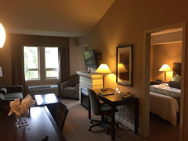 Condo Apartment at 414 40900 TANTALUS ROAD, Unit 414, Squamish, British Columbia. Image 13