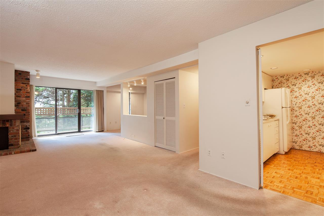Condo Apartment at 217 2320 W 40TH AVENUE, Unit 217, Vancouver West, British Columbia. Image 4