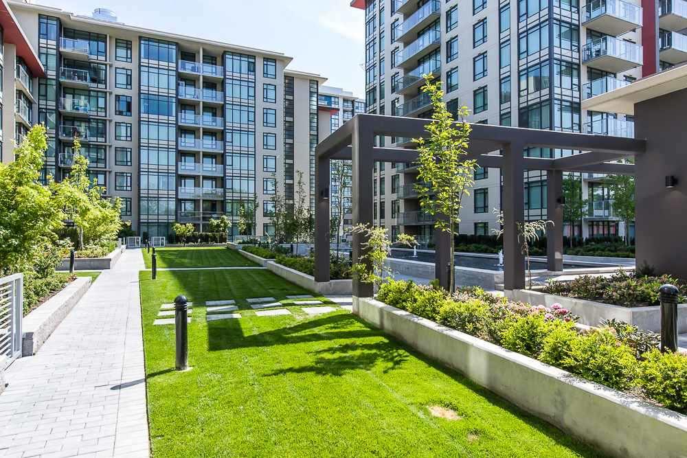 Condo Apartment at 1703 7328 GOLLNER AVENUE, Unit 1703, Richmond, British Columbia. Image 10