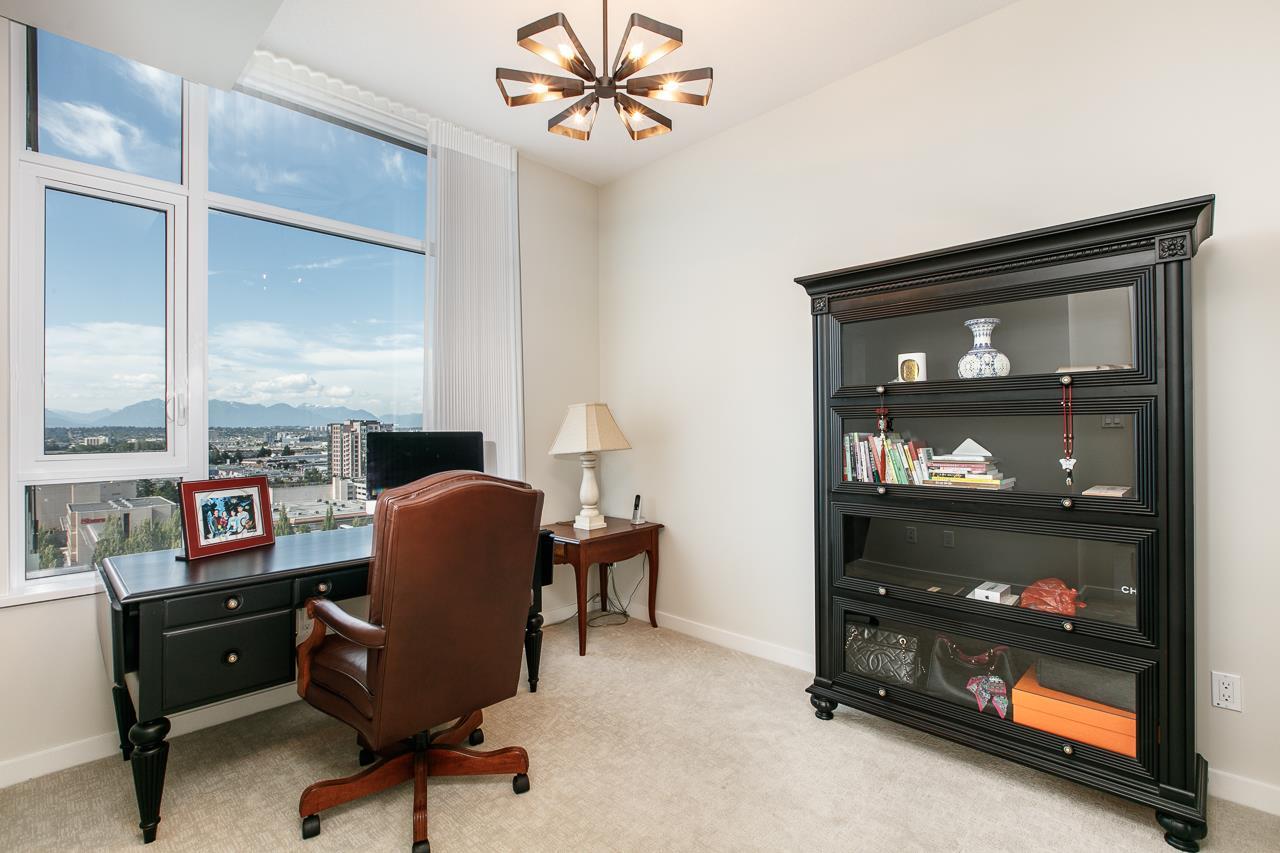 Condo Apartment at 1703 7328 GOLLNER AVENUE, Unit 1703, Richmond, British Columbia. Image 18