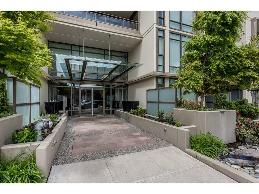 Condo Apartment at 601 1455 GEORGE STREET, Unit 601, South Surrey White Rock, British Columbia. Image 2