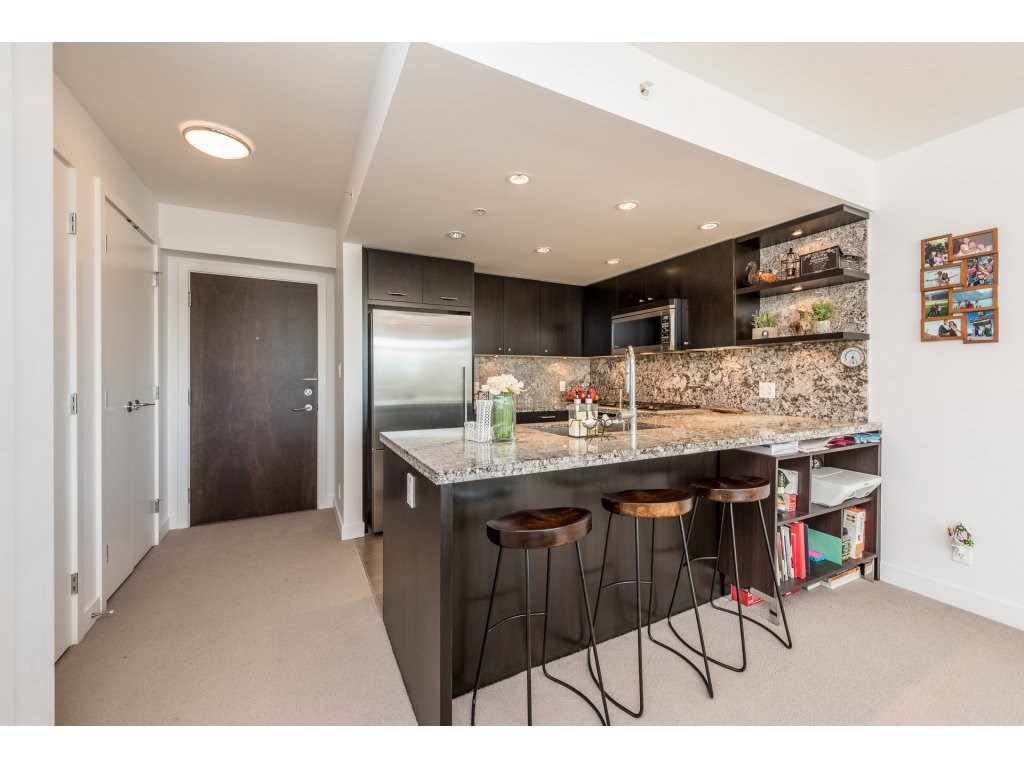 Condo Apartment at 601 1455 GEORGE STREET, Unit 601, South Surrey White Rock, British Columbia. Image 4