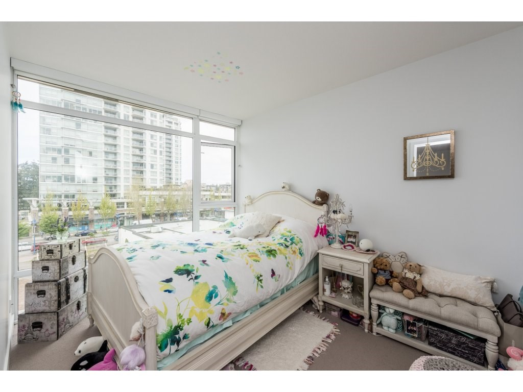 Condo Apartment at 601 1455 GEORGE STREET, Unit 601, South Surrey White Rock, British Columbia. Image 13
