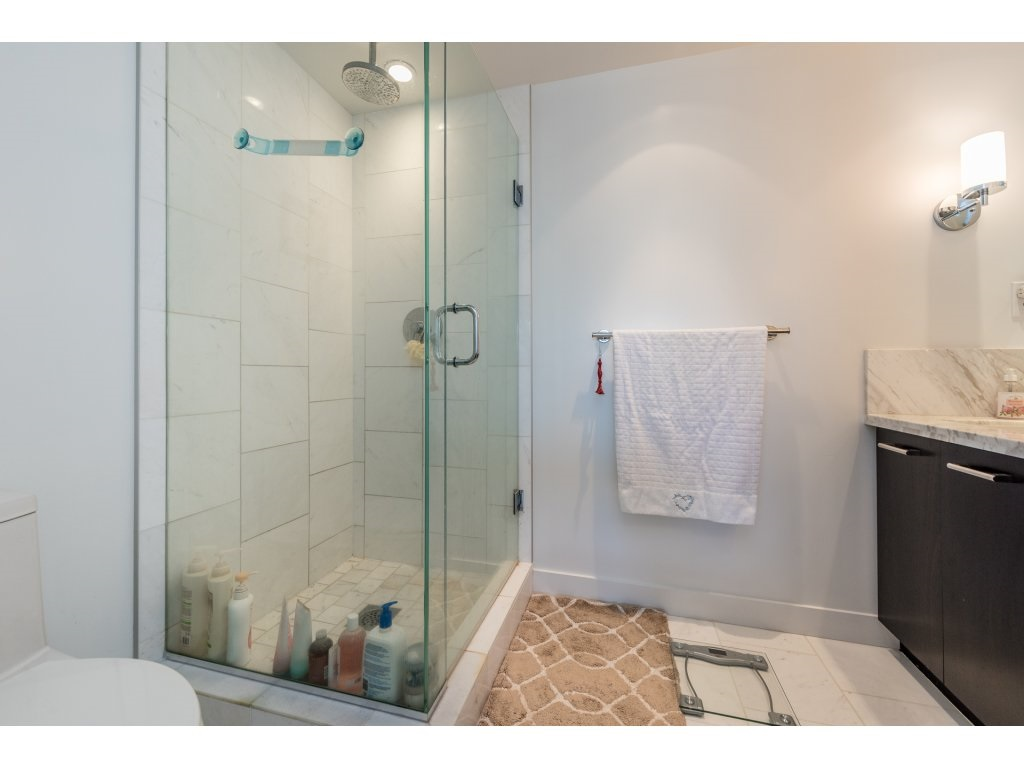 Condo Apartment at 601 1455 GEORGE STREET, Unit 601, South Surrey White Rock, British Columbia. Image 16