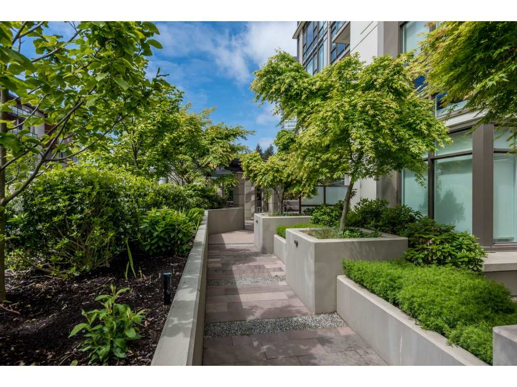 Condo Apartment at 601 1455 GEORGE STREET, Unit 601, South Surrey White Rock, British Columbia. Image 20
