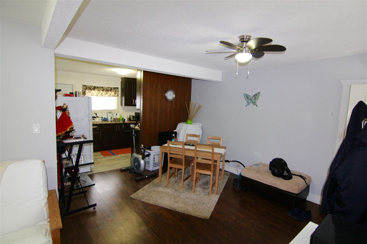 Townhouse at 7671 KINGSWAY, Burnaby East, British Columbia. Image 3