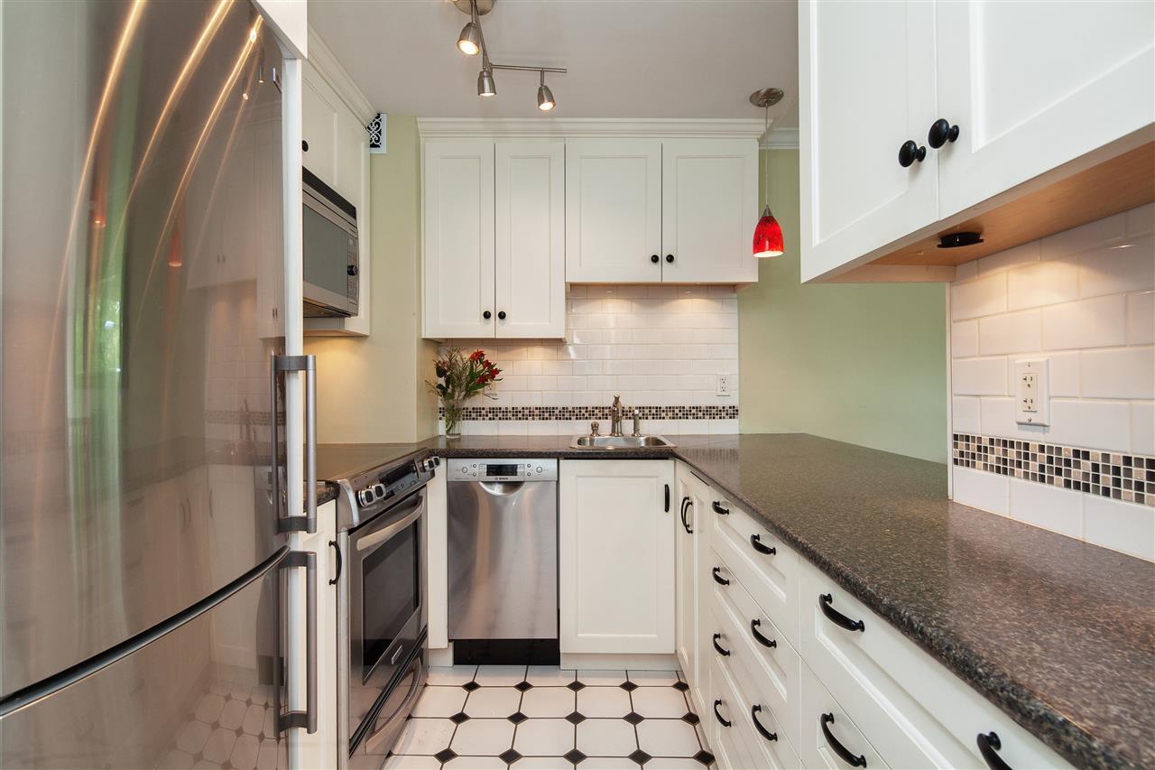 Condo Apartment at 511 1445 MARPOLE AVENUE, Unit 511, Vancouver West, British Columbia. Image 7