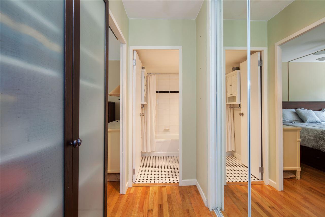 Condo Apartment at 511 1445 MARPOLE AVENUE, Unit 511, Vancouver West, British Columbia. Image 12