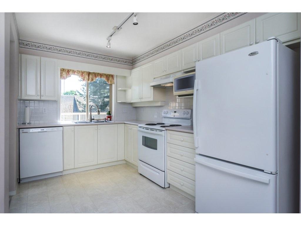 Condo Apartment at 310 33731 MARSHALL ROAD, Unit 310, Abbotsford, British Columbia. Image 11