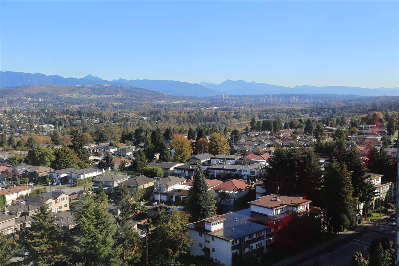 Condo Apartment at 1703 4505 HAZEL STREET, Unit 1703, Burnaby South, British Columbia. Image 3
