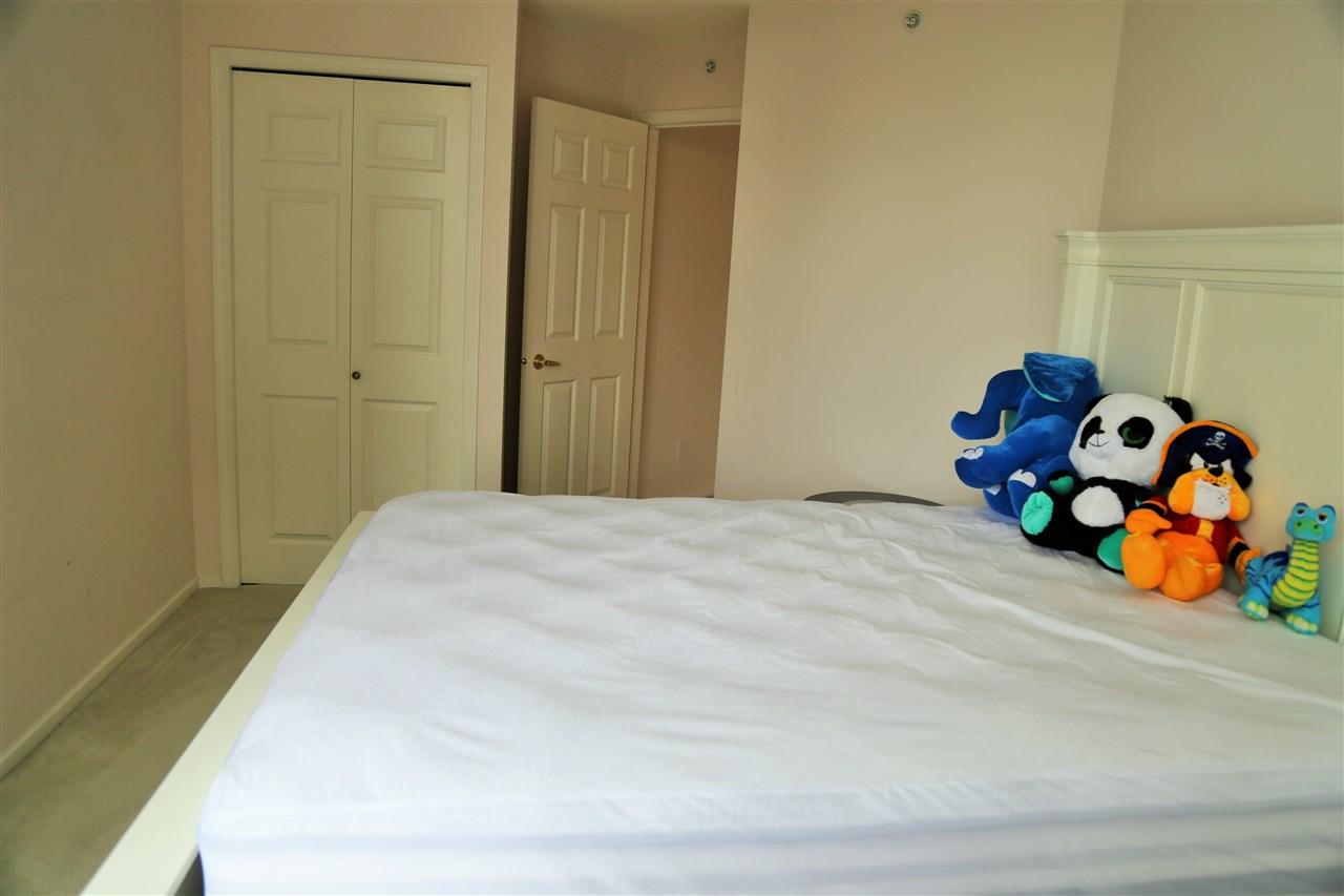 Condo Apartment at 1703 4505 HAZEL STREET, Unit 1703, Burnaby South, British Columbia. Image 6