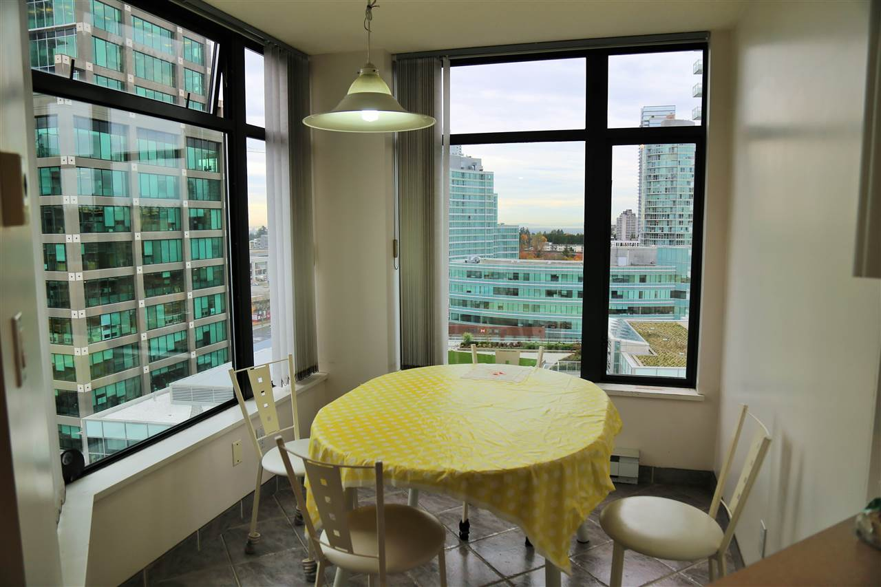 Condo Apartment at 1703 4505 HAZEL STREET, Unit 1703, Burnaby South, British Columbia. Image 8