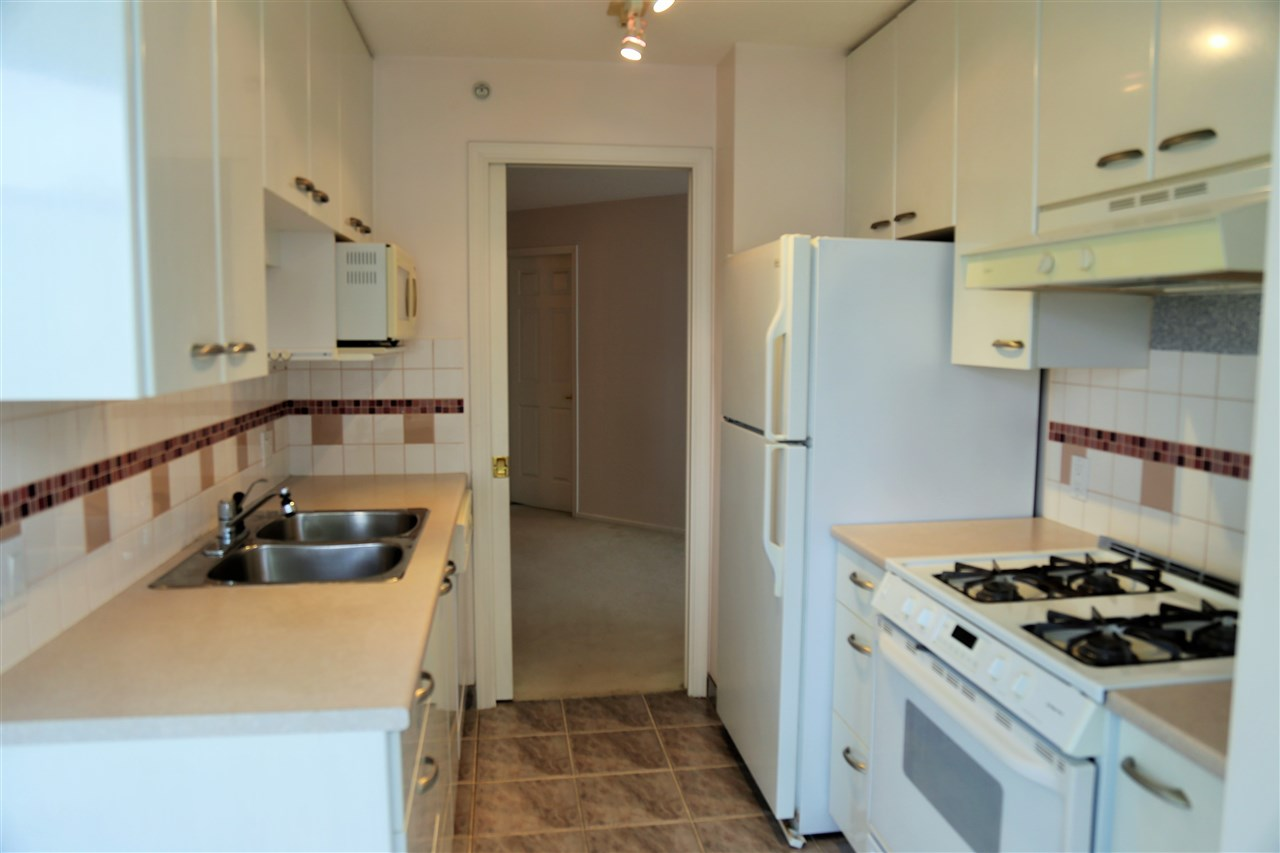 Condo Apartment at 1703 4505 HAZEL STREET, Unit 1703, Burnaby South, British Columbia. Image 10