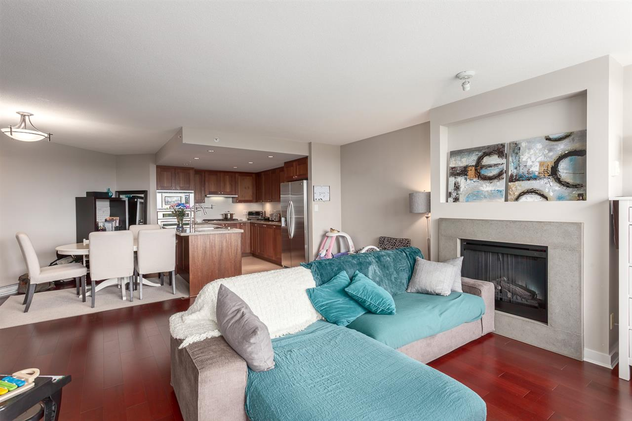 Condo Apartment at 609 9373 HEMLOCK DRIVE, Unit 609, Richmond, British Columbia. Image 1