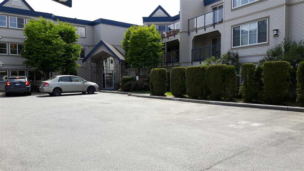 Condo Apartment at 209 45504 MCINTOSH DRIVE, Unit 209, Chilliwack, British Columbia. Image 1