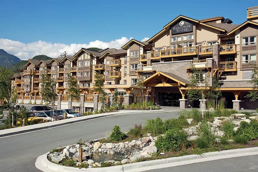 Condo Apartment at 429 40900 TANTALUS ROAD, Unit 429, Squamish, British Columbia. Image 1