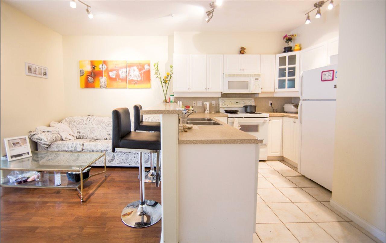 Condo Apartment at 207 2755 MAPLE STREET, Unit 207, Vancouver West, British Columbia. Image 2