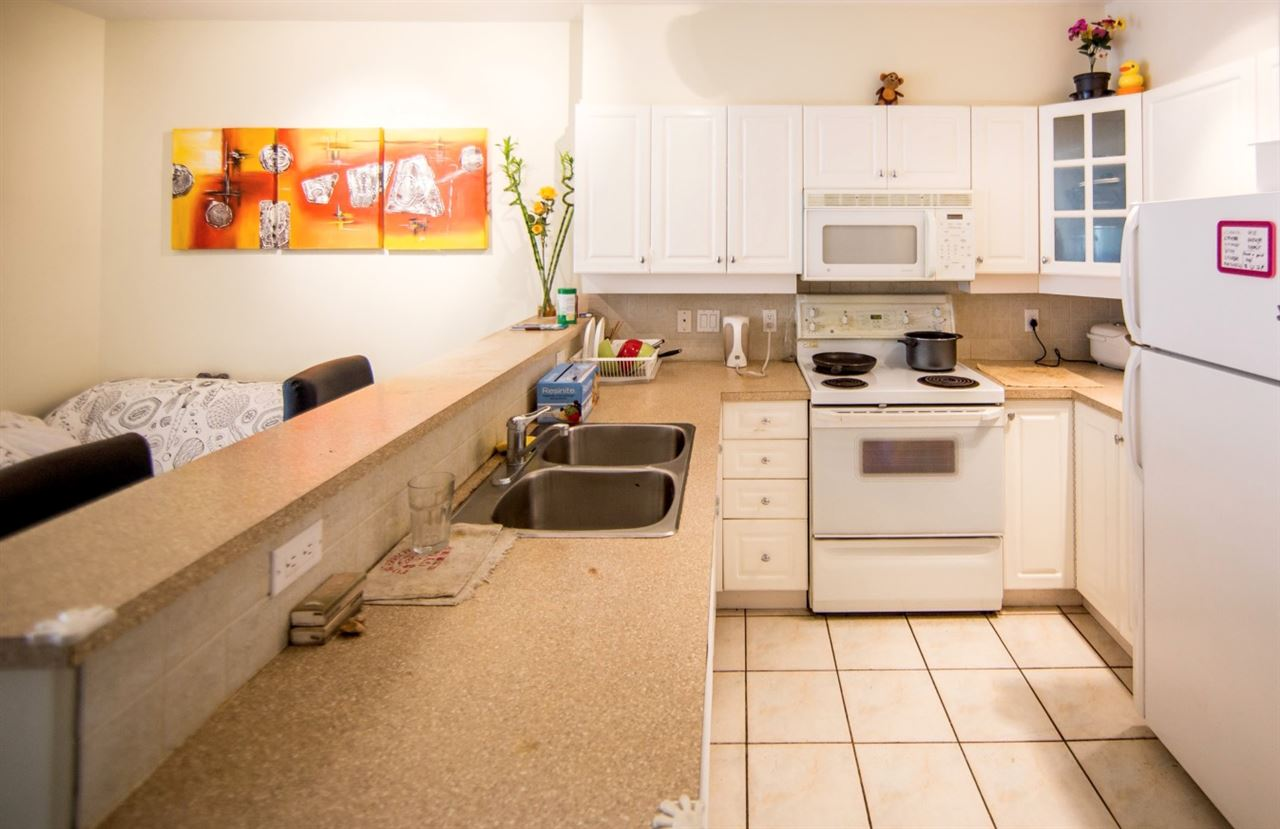 Condo Apartment at 207 2755 MAPLE STREET, Unit 207, Vancouver West, British Columbia. Image 3