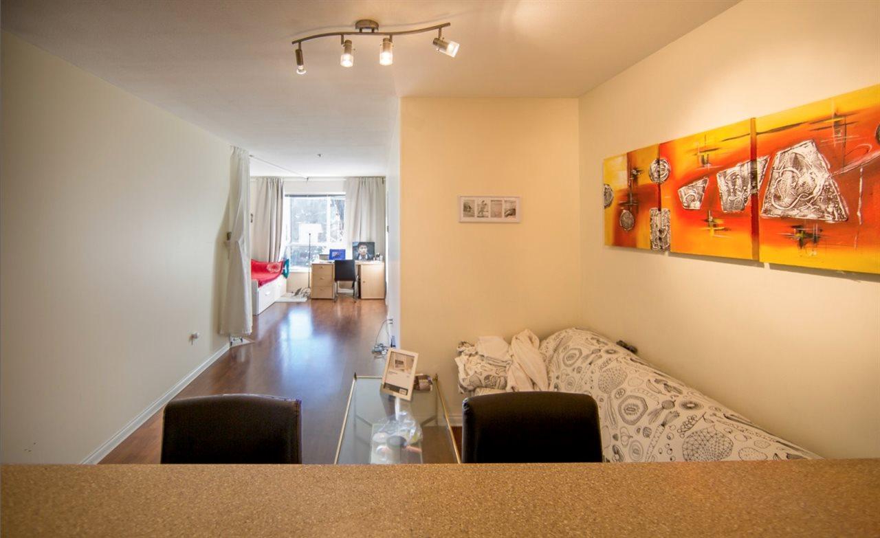 Condo Apartment at 207 2755 MAPLE STREET, Unit 207, Vancouver West, British Columbia. Image 4