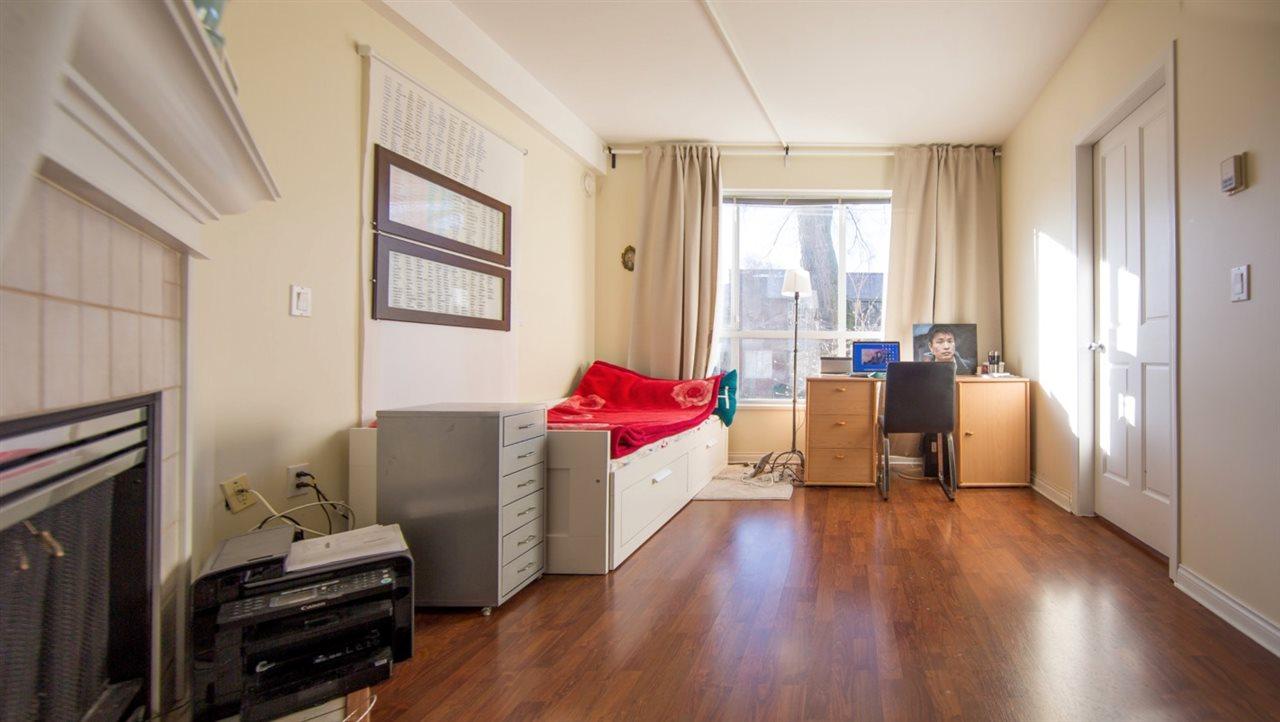 Condo Apartment at 207 2755 MAPLE STREET, Unit 207, Vancouver West, British Columbia. Image 13