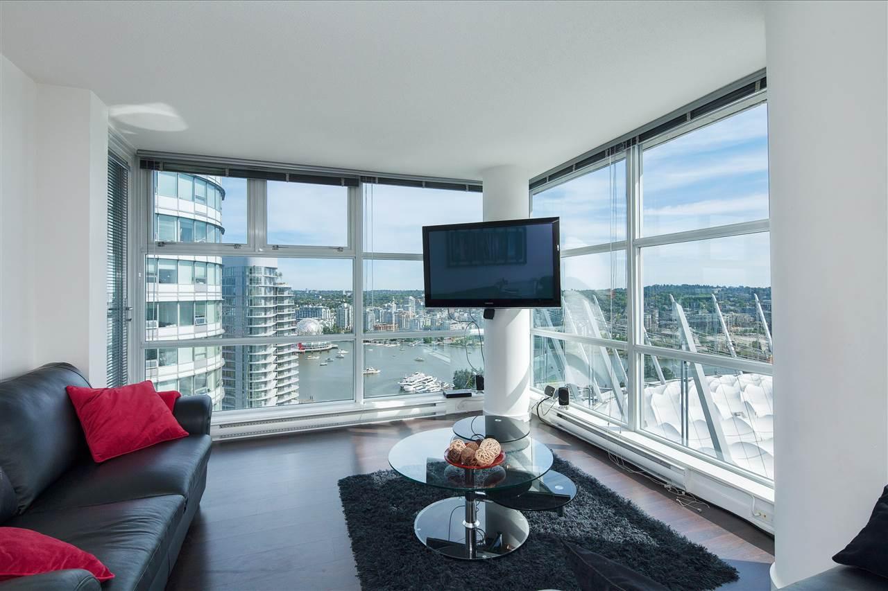 Condo Apartment at 3101 111 W GEORGIA STREET, Unit 3101, Vancouver West, British Columbia. Image 3