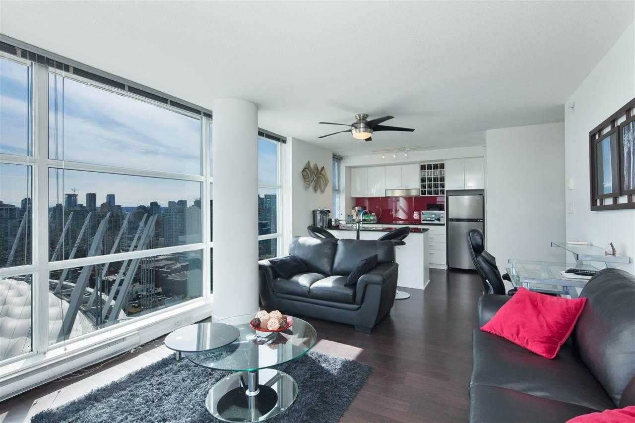 Condo Apartment at 3101 111 W GEORGIA STREET, Unit 3101, Vancouver West, British Columbia. Image 4