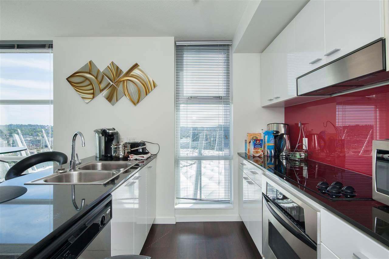 Condo Apartment at 3101 111 W GEORGIA STREET, Unit 3101, Vancouver West, British Columbia. Image 6