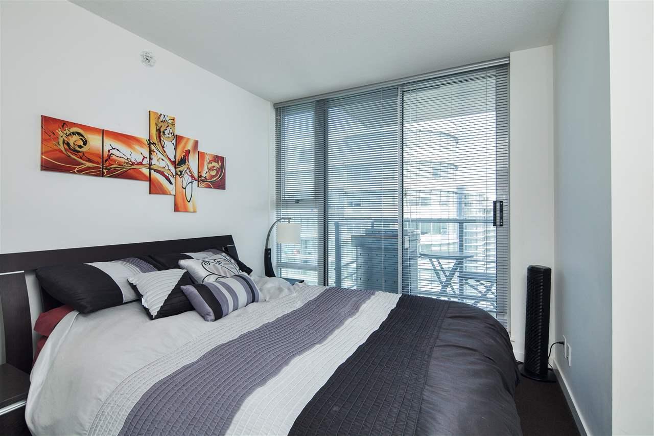 Condo Apartment at 3101 111 W GEORGIA STREET, Unit 3101, Vancouver West, British Columbia. Image 7