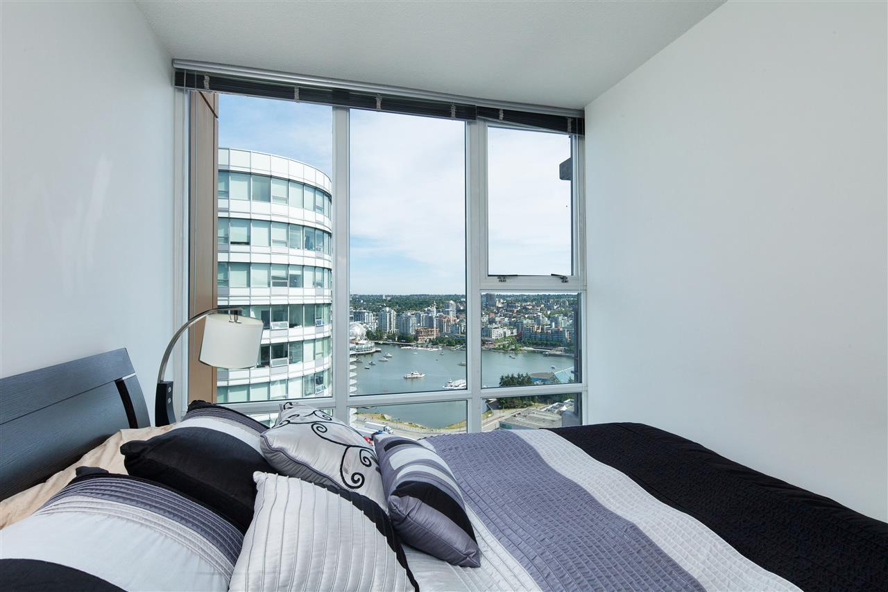 Condo Apartment at 3101 111 W GEORGIA STREET, Unit 3101, Vancouver West, British Columbia. Image 8