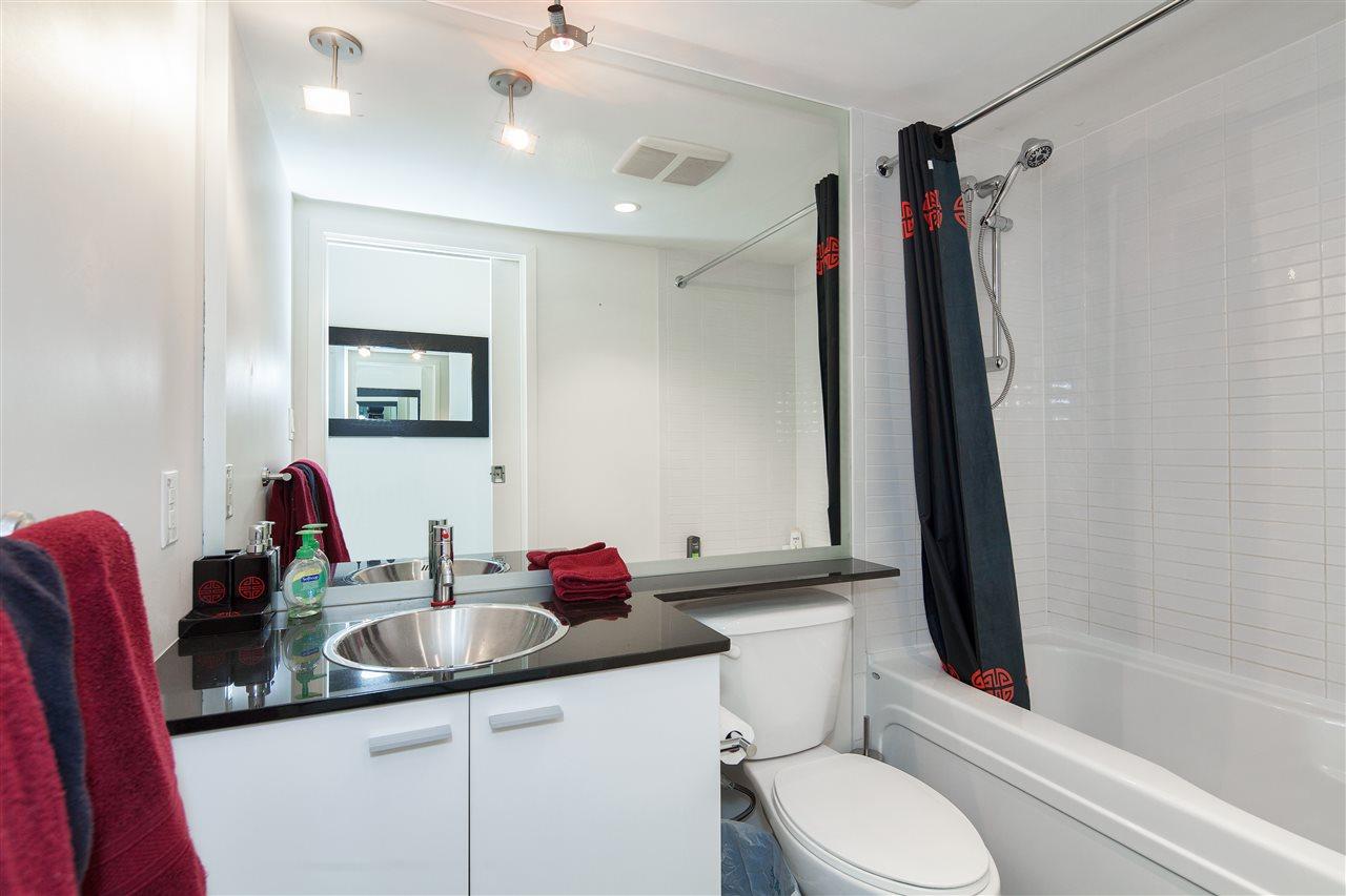Condo Apartment at 3101 111 W GEORGIA STREET, Unit 3101, Vancouver West, British Columbia. Image 9
