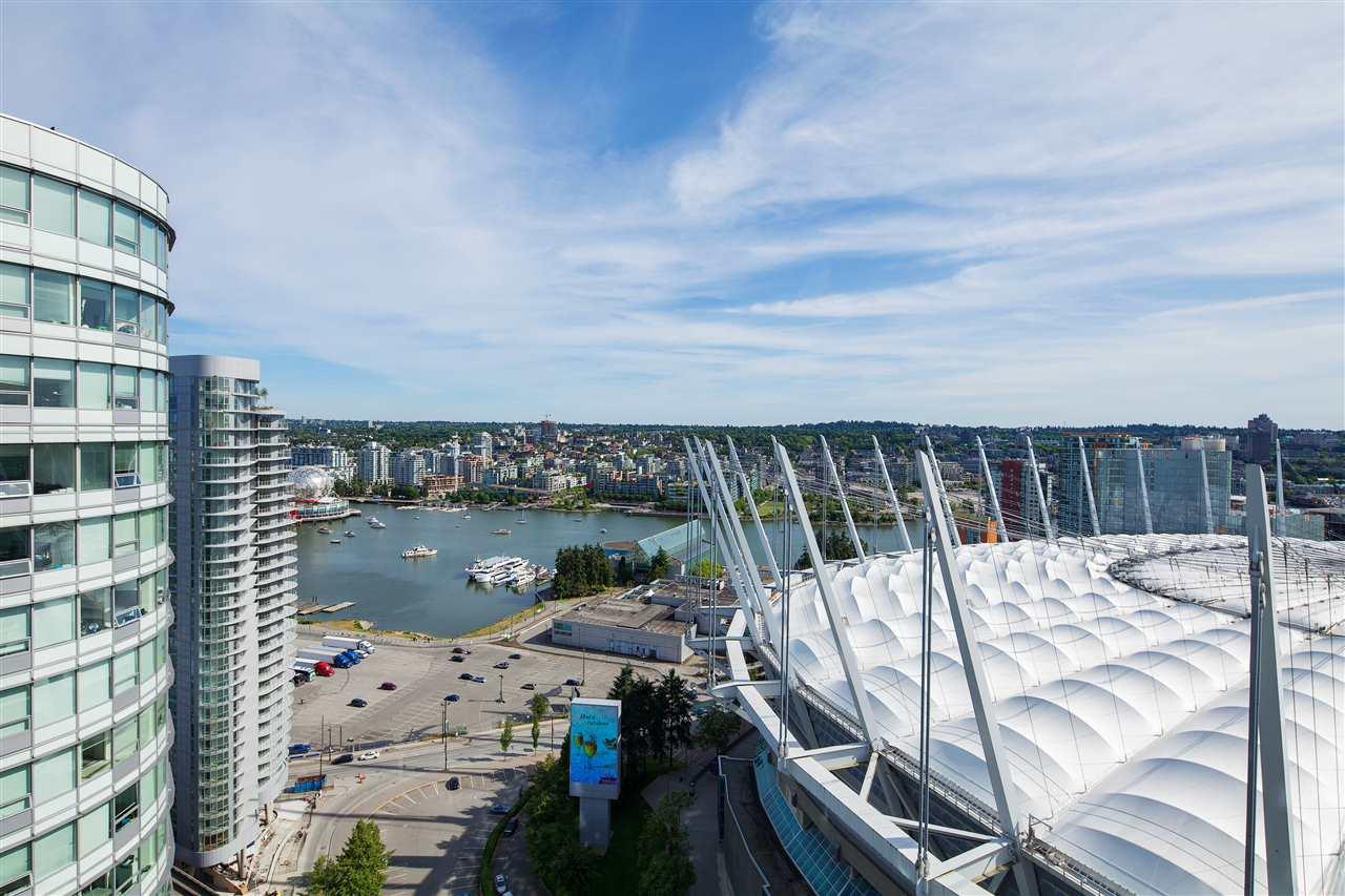 Condo Apartment at 3101 111 W GEORGIA STREET, Unit 3101, Vancouver West, British Columbia. Image 12