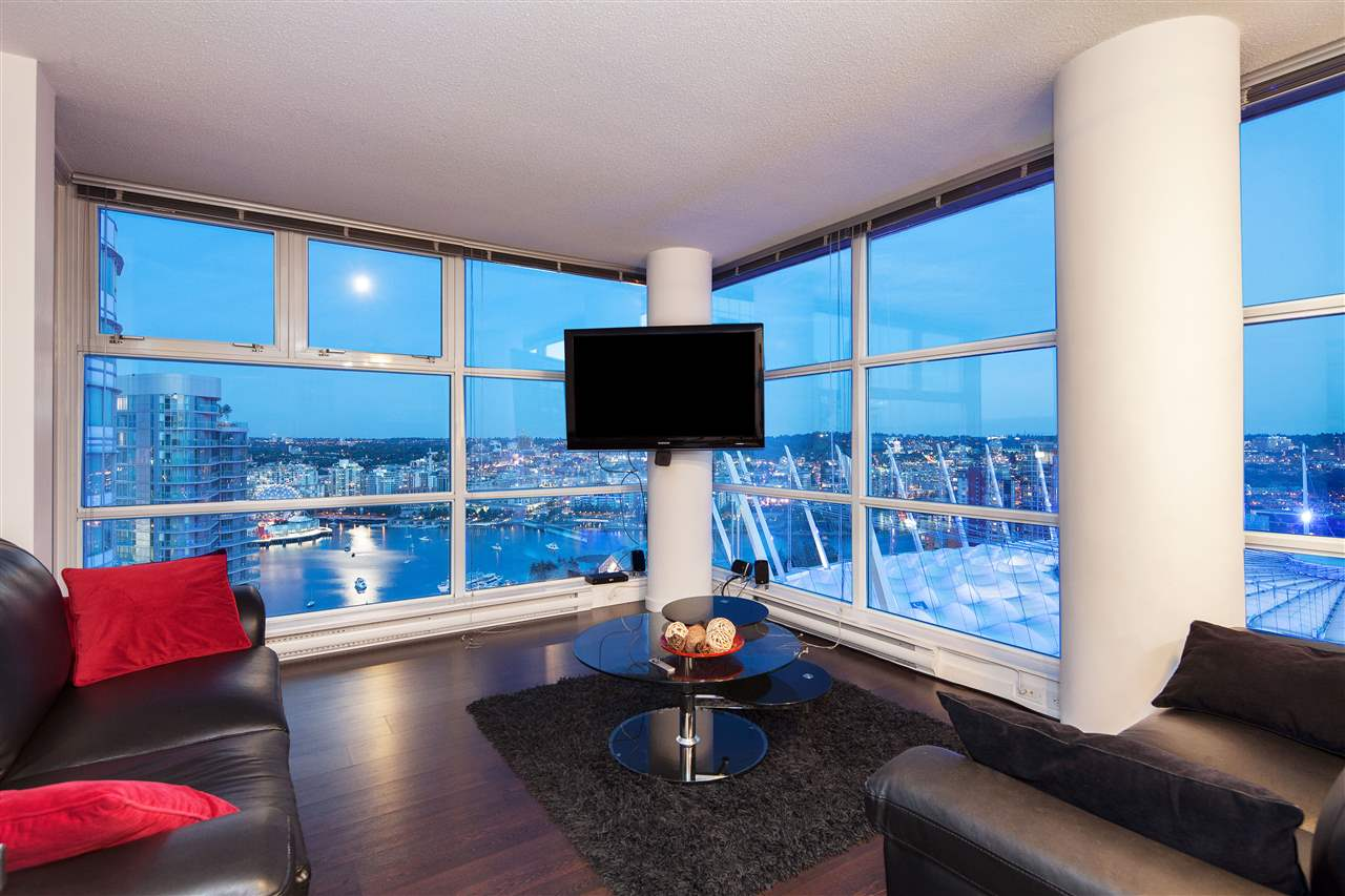 Condo Apartment at 3101 111 W GEORGIA STREET, Unit 3101, Vancouver West, British Columbia. Image 15