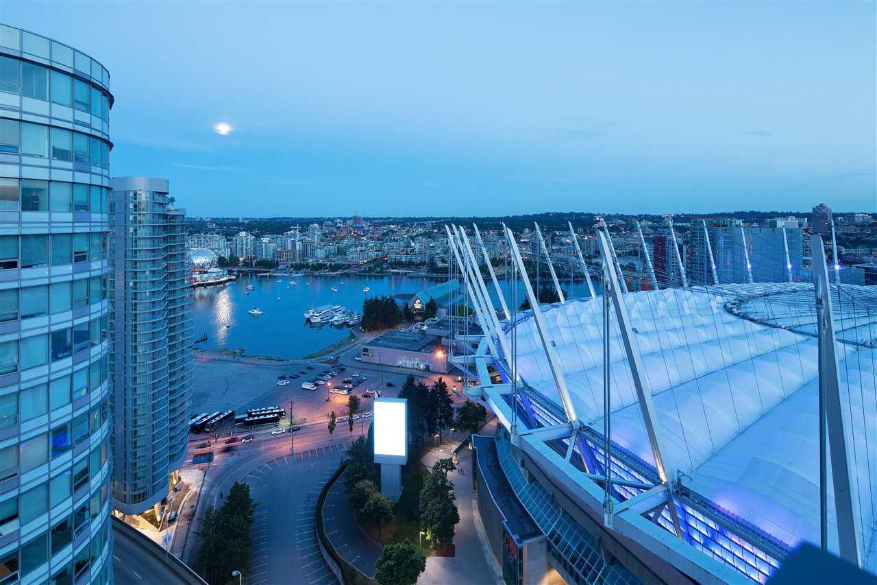 Condo Apartment at 3101 111 W GEORGIA STREET, Unit 3101, Vancouver West, British Columbia. Image 16