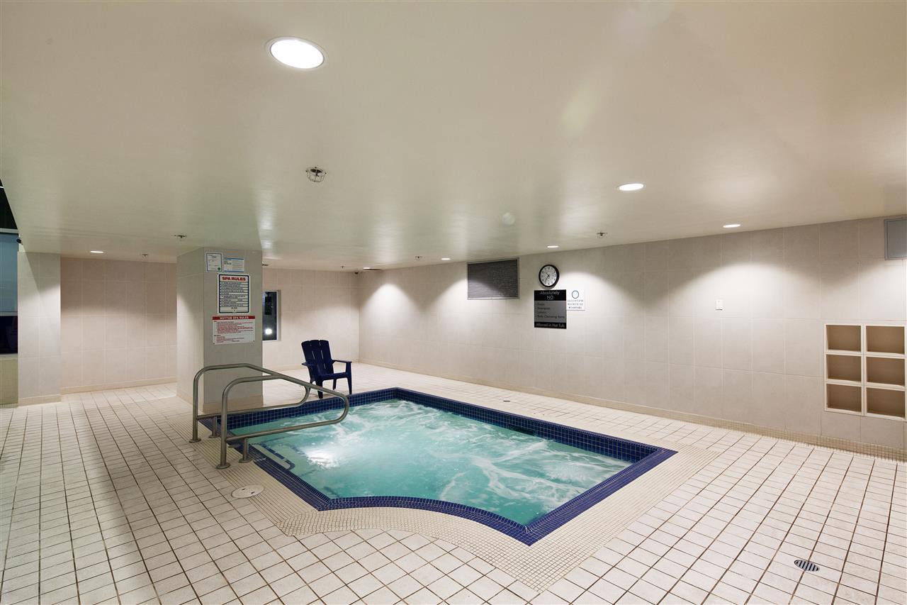 Condo Apartment at 3101 111 W GEORGIA STREET, Unit 3101, Vancouver West, British Columbia. Image 20