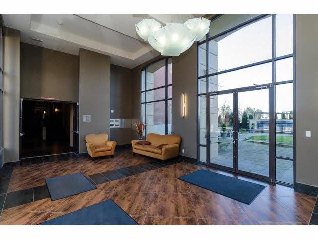 Condo Apartment at 303 2970 KING GEORGE BOULEVARD, Unit 303, South Surrey White Rock, British Columbia. Image 2