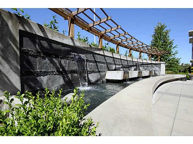 Condo Apartment at 303 2970 KING GEORGE BOULEVARD, Unit 303, South Surrey White Rock, British Columbia. Image 16