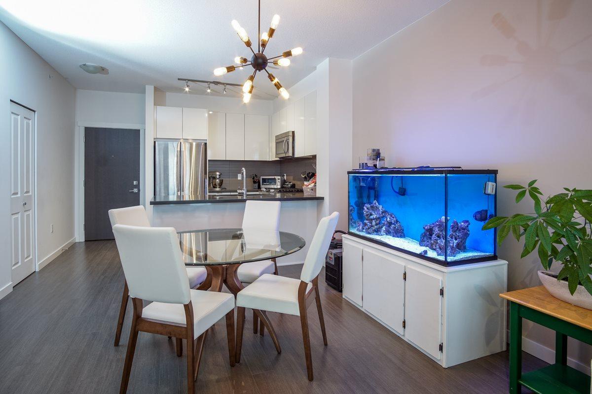 Condo Apartment at 421 15168 33 AVENUE, Unit 421, South Surrey White Rock, British Columbia. Image 5
