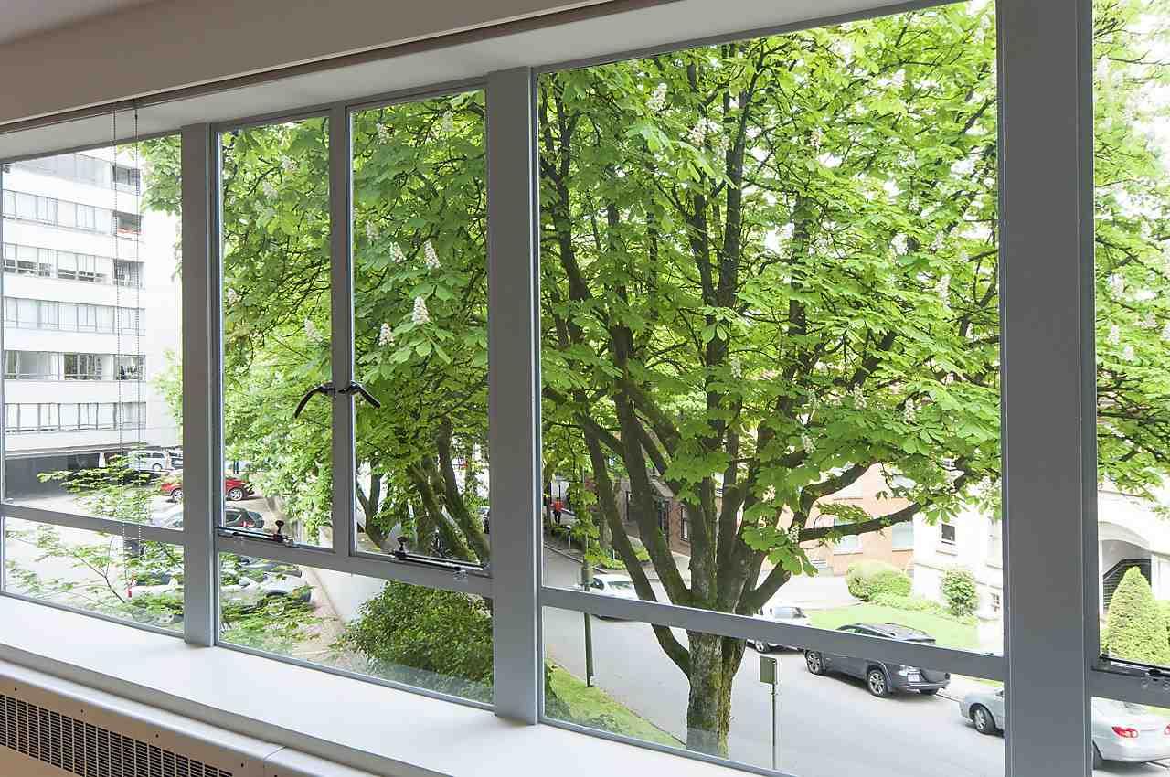 Condo Apartment at 218 1445 MARPOLE AVENUE, Unit 218, Vancouver West, British Columbia. Image 8