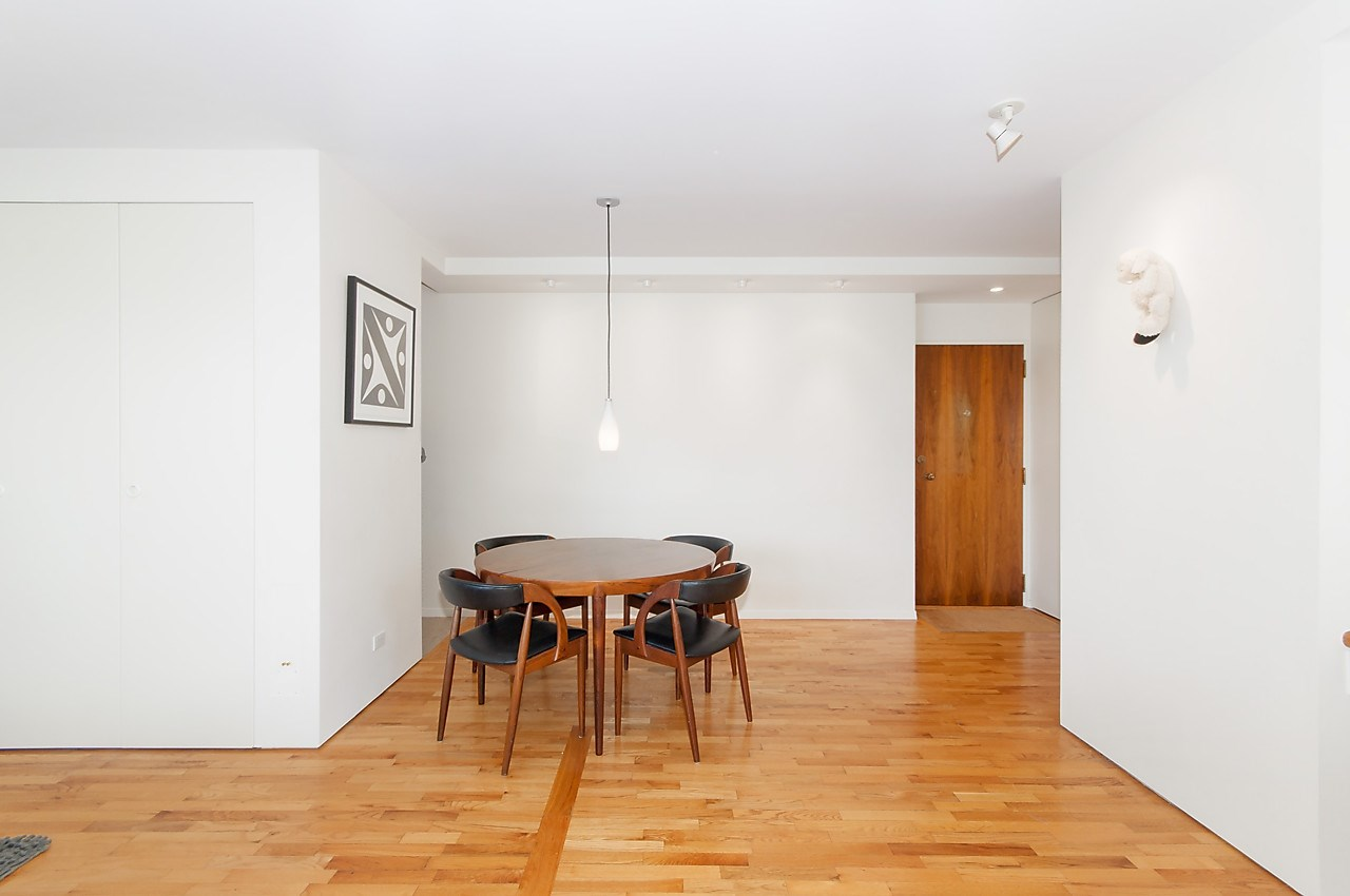 Condo Apartment at 218 1445 MARPOLE AVENUE, Unit 218, Vancouver West, British Columbia. Image 11