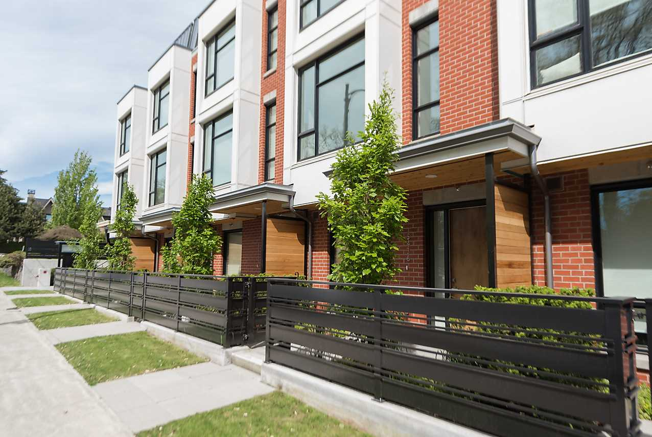Townhouse at 5436 OAK STREET, Vancouver West, British Columbia. Image 1