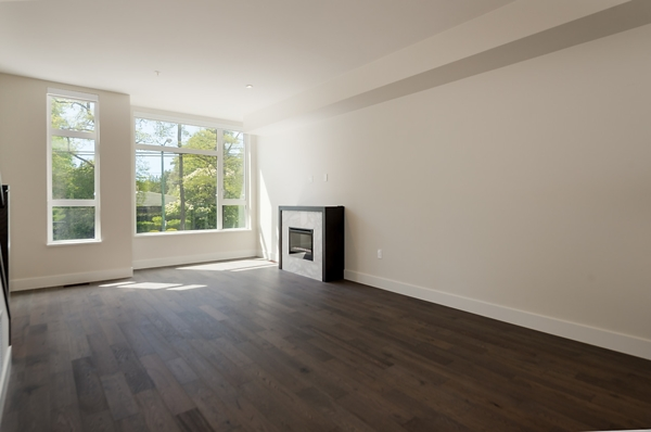 Townhouse at 5436 OAK STREET, Vancouver West, British Columbia. Image 2