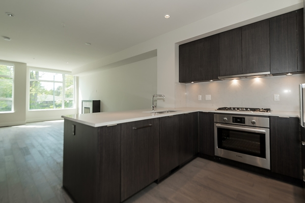 Townhouse at 5436 OAK STREET, Vancouver West, British Columbia. Image 3