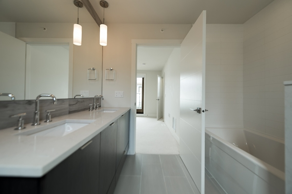 Townhouse at 5436 OAK STREET, Vancouver West, British Columbia. Image 9