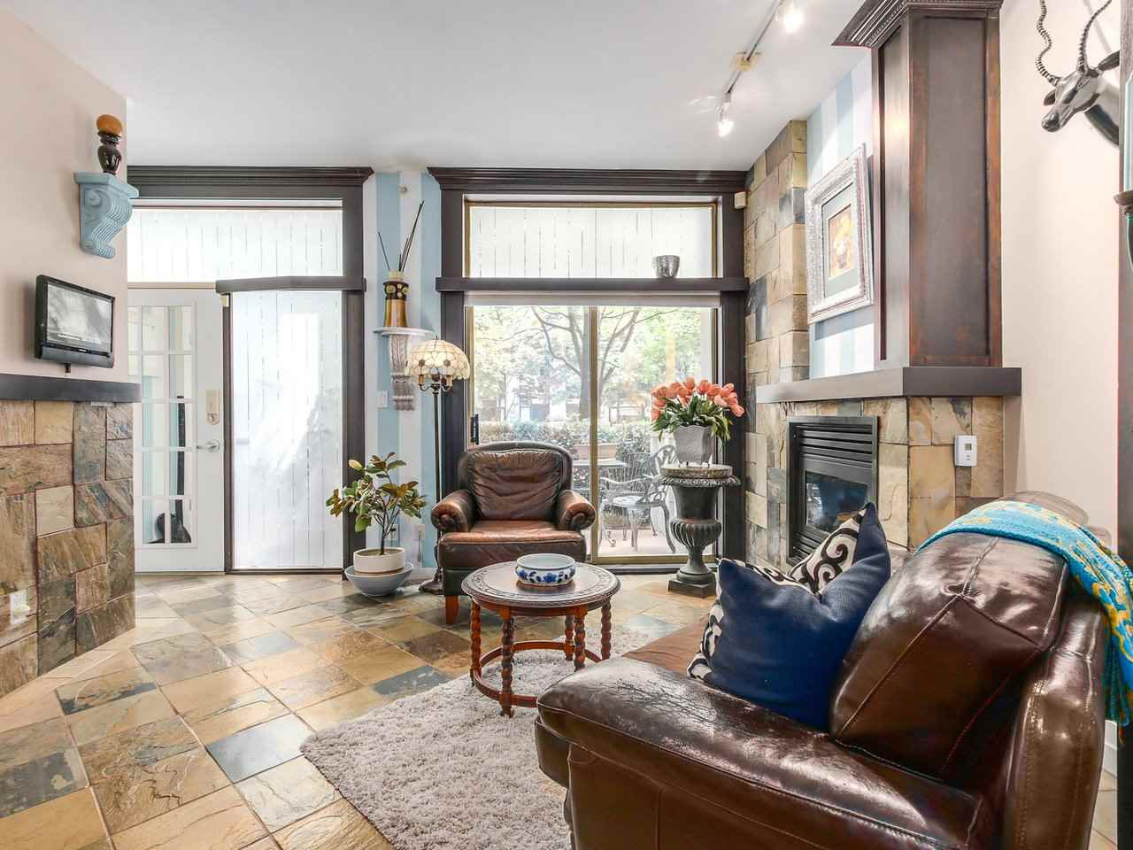 Townhouse at 985 RICHARDS STREET, Vancouver West, British Columbia. Image 5