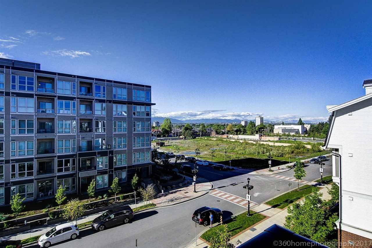 Condo Apartment at 401 9388 MCKIM WAY, Unit 401, Richmond, British Columbia. Image 6