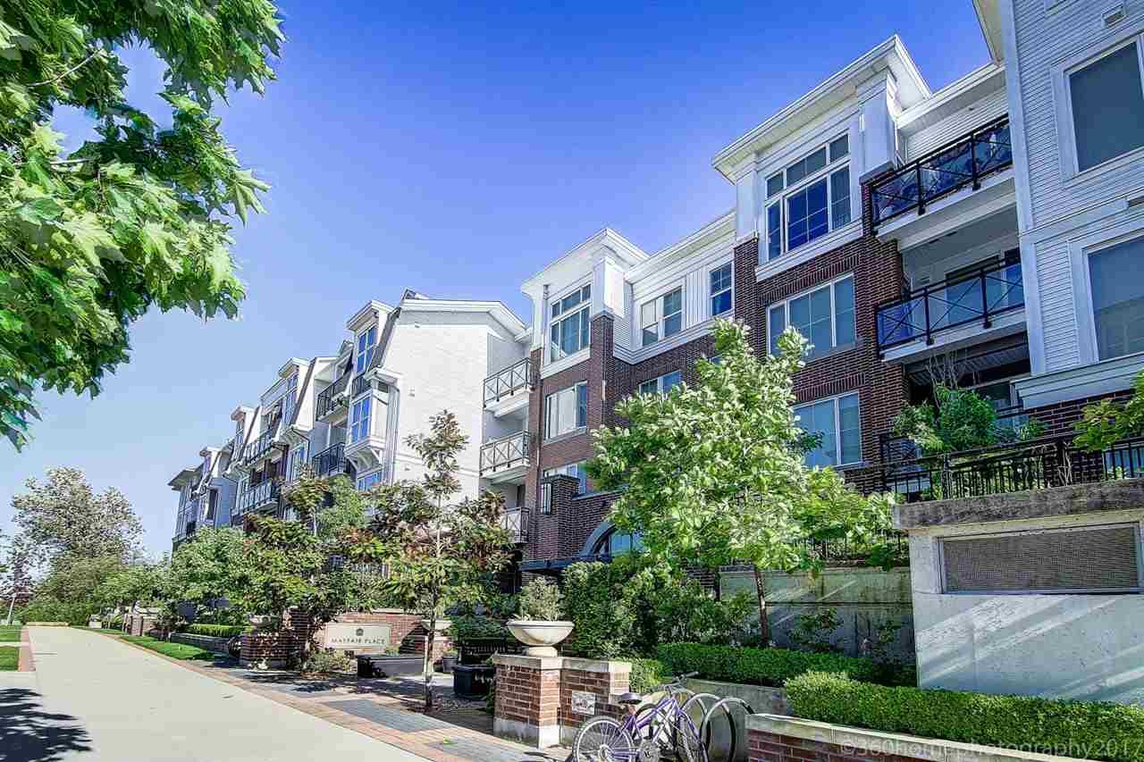 Condo Apartment at 401 9388 MCKIM WAY, Unit 401, Richmond, British Columbia. Image 13