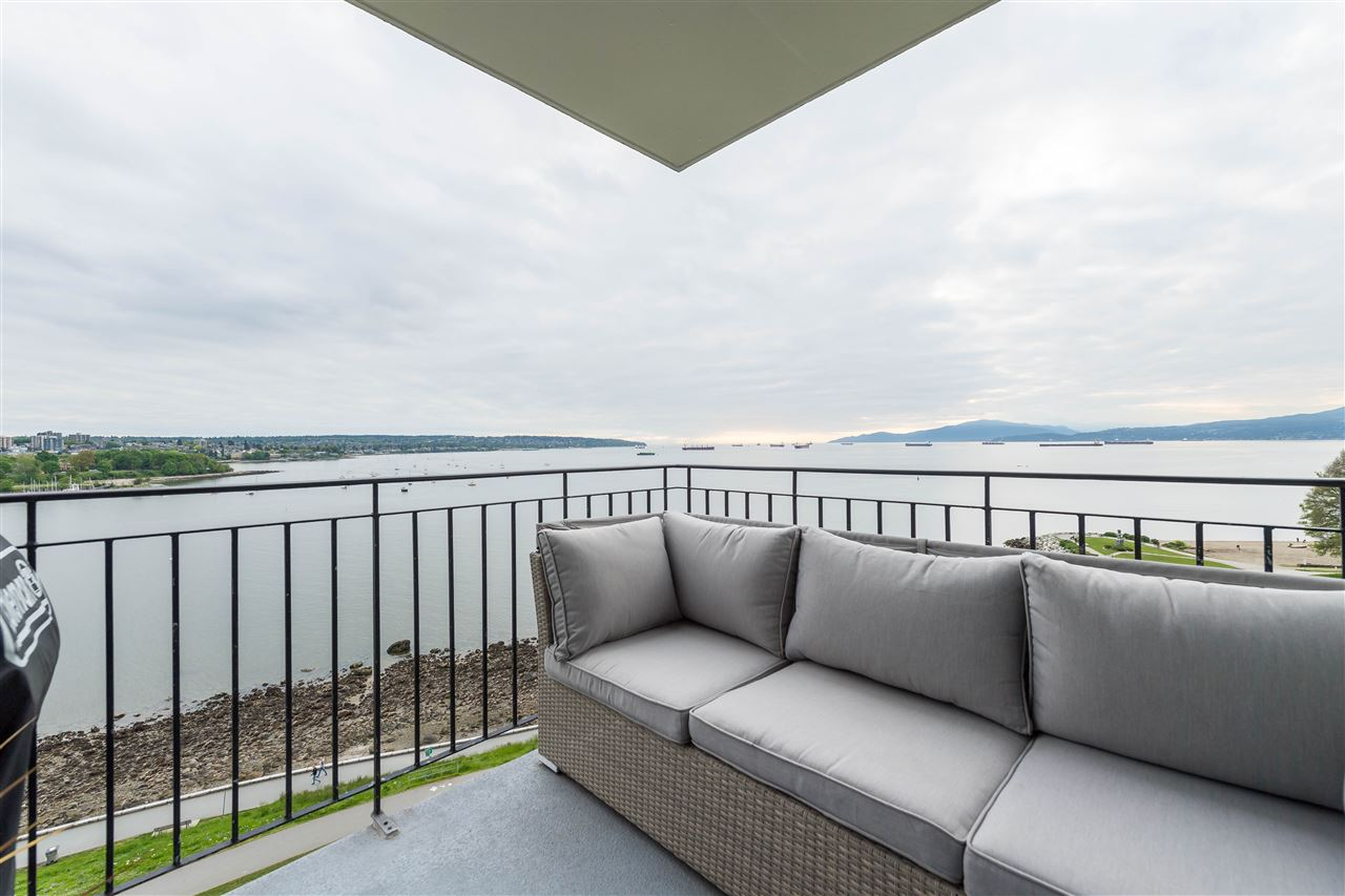 Condo Apartment at 1002 1575 BEACH AVENUE, Unit 1002, Vancouver West, British Columbia. Image 2