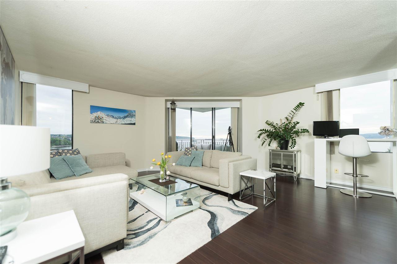 Condo Apartment at 1002 1575 BEACH AVENUE, Unit 1002, Vancouver West, British Columbia. Image 10