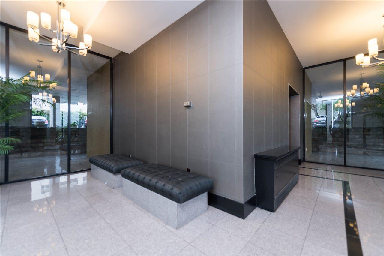 Condo Apartment at 1002 1575 BEACH AVENUE, Unit 1002, Vancouver West, British Columbia. Image 15